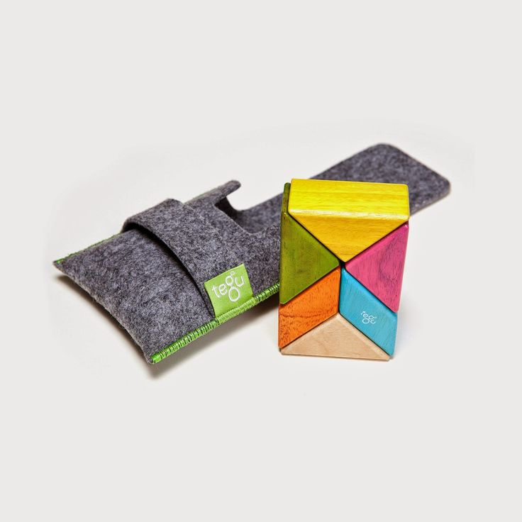 Great gift idea ! Tuck this portable block set in a bag or pocket and keep kids entertained anywhere [sponsored]