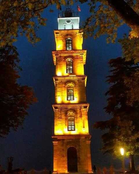 Tophanw saat kulesi gece