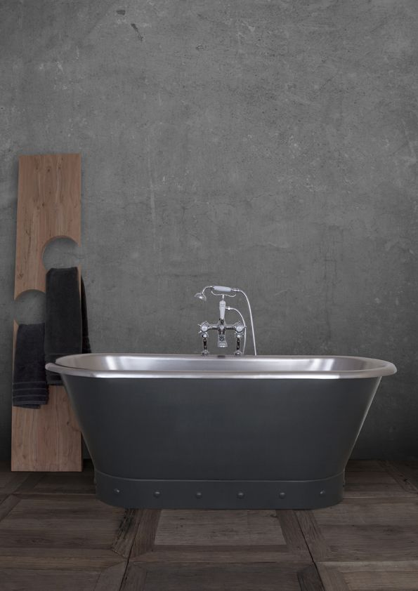 The stainless steel Torino can be painted to accentuate and highlight the military inspired riveting and crisp and flawless body. Here is an example of Matt 'Charcoal', but let your imagination run wild with this industrious bath! #Bath #Bathroom #Home #Steel #Painted #Bespoke #Luxury #Handmade #Custom #Industrious