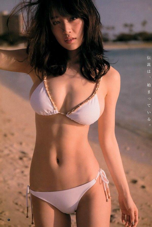 モデルなのにスレンダー巨乳のエロいボディしてる泉里香 細身巨乳の女神 泉里香 水着 水着 泉里香 写真集