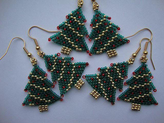 cute christmas earrings2