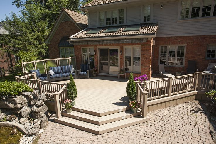 A custom low maintenance deck built by Hickory Dickory Decks in Ancaster Ontario.