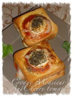 Croque Mr au chévre tomaté une recette de croque Mr gourmand et bien coulant qui mêle jambon, fromage de chèvre, sauce tomate, thym...