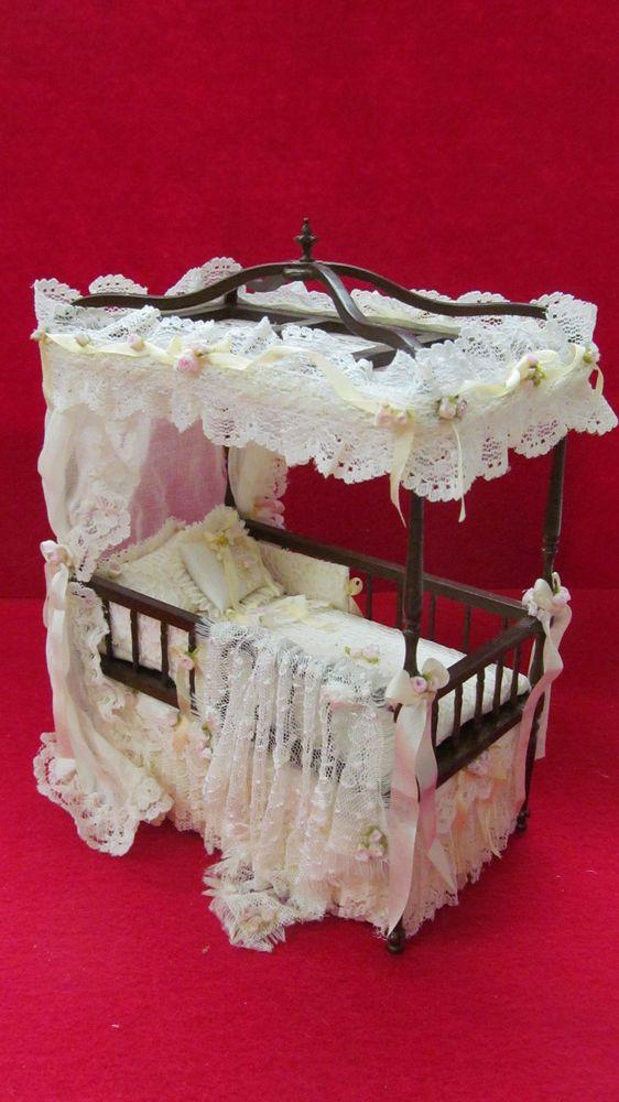 Dollhouse  Victorian baby bed artisan Serena Johnson