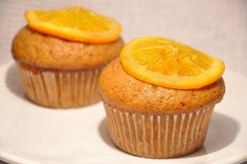 Brioșe de iarnă Brioșe vegane aromate ideale pentru zilele friguroase și nu numai Cina, Vegana, Ziua femeii, Rețete pentru petrecere, Craciun, Reţete pentru deserturi, Reţete cu scorţişoară, Rețete pentru mic dejun, Rețete pentru luat la pachet, Romaneasca, Pentru familie, Rețete de iarnă, Rețete pentru masa de Crăciun, Retete vegane, Anul Nou, Reţete cu portocale, petrecere, Reţete cu ghimbir, Zi de nastere, Rețete de brioșe & cupcakes