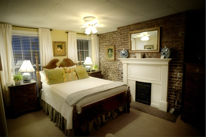 Savannah Bed and Breakfast with great values!