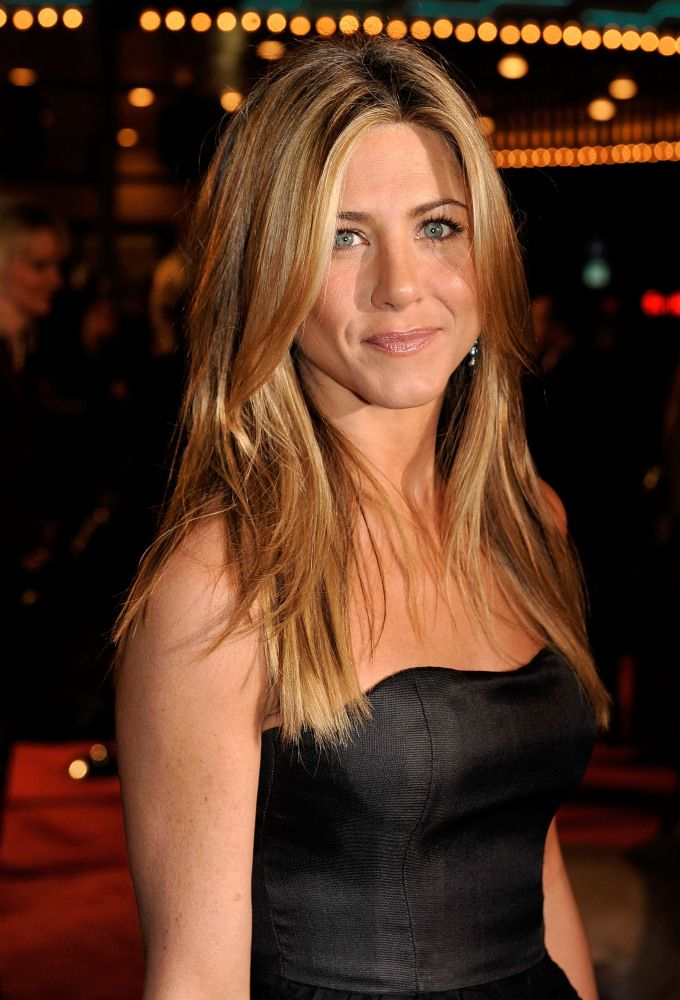 Jennifer Aniston Goes Topless For Allure With Hairstyist Chris McMillan