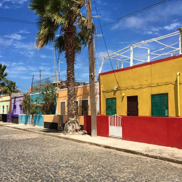 Colorful street on the island Sal #CapeVerde #Kaapverdie