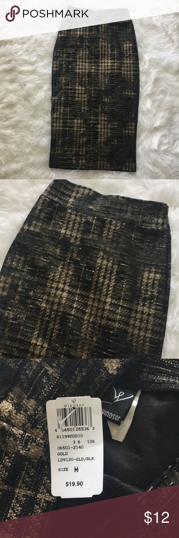 Black and gold Pencil Skirt Black and gold Pencil Skirt from Windsor. 28.5 inches in length. Brand new. Skirts Pencil