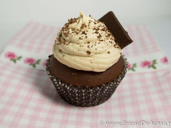 Rețetă Briose cu ciocolata neagra si cafea, de BrioseDeAcasa - Petitchef