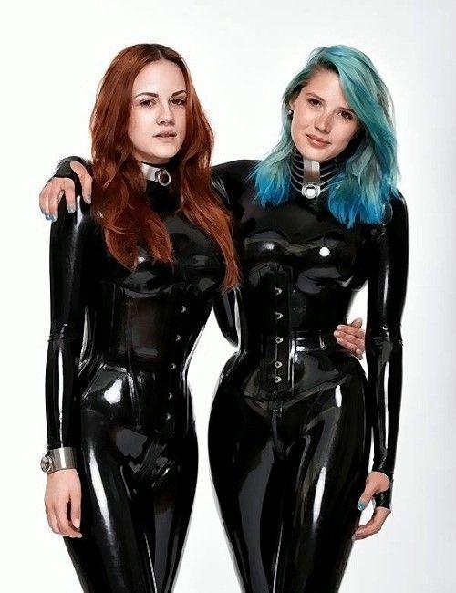 strap-on-latex-black-twins