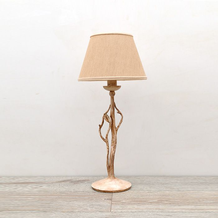 Floral table lamp made entirely in wrought iron according to the Tuscan tradition of blacksmiths. Attention to hand-forging detail and artistic finishing make this product unique. - See more at: http://www.montaltolamp.com/en/frasca_table#sthash.Kqcdz0a2.dpuf