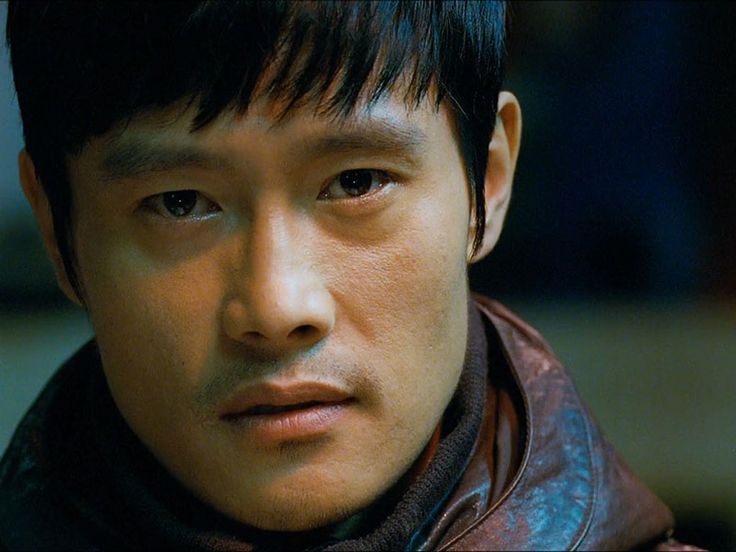 "Lee Byung-Hun in ""I saw the devil"""