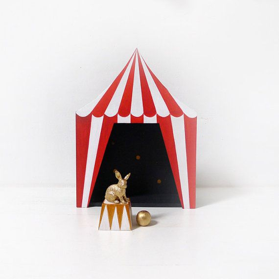 Stanza bambini, arredamento, mobili per bambini legno compensato, mensola circo, coniglietto, rosso, oro, regalo di Natale