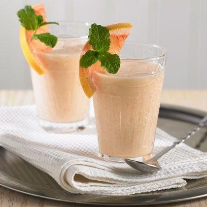 Lisa Faulkner's grapefruit smoothie. For the full recipe, click the picture or visit RedOnline.co.uk