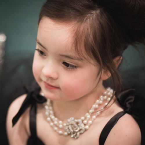 Mini Audrey Hepburn-the Girl Size Breakfast at Tiffany's Multi Strand Pearl Necklace