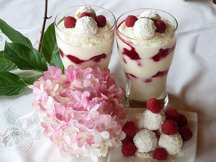 Raffaello - Quarkspeise, ein beliebtes Rezept aus der Kategorie Dessert. Bewertungen: 16. Durchschnitt: Ø 4,4.