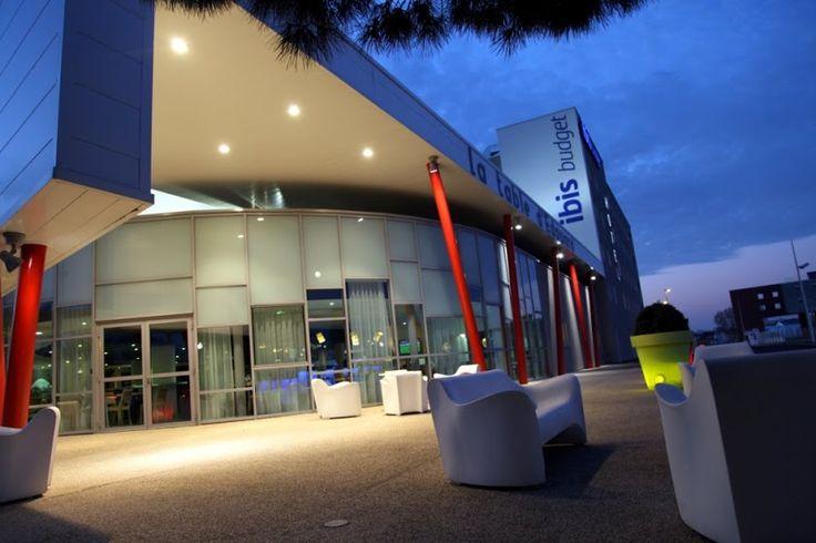 Hôtel Ibis Budget Rezé Nantes aéroport http://www.ibis.com/fr/hotel-7070-ibis-budget-nantes-reze-aeroport/index.shtml