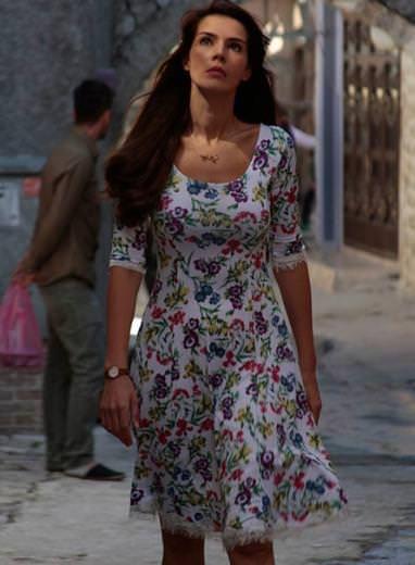 Tv dizilerindeki basma elbise