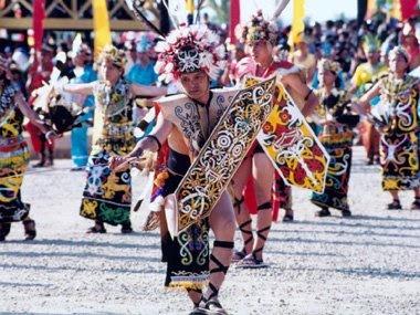 KANCET PAPATAI dance - Dayak dance