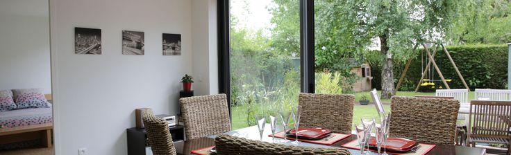 extanxia, véranda concept alu, vue intérieur cuisine et chambre sur jardin