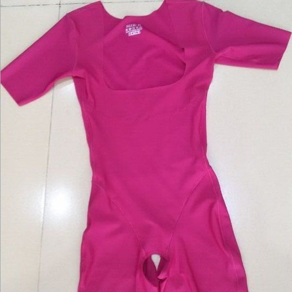 Seamless Short Sleeves Breathable Tummy Control Shapewear Bodysuit