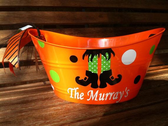 What a cute bucket to greet your trick or treaters!! Holds candy or snacks for your Halloween party, or fill with gifts. The plastic buckets