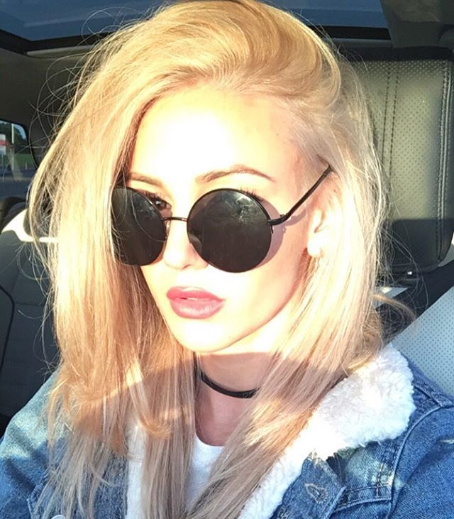 Pin for Later: Get the Skinny on How (and Why) Michelle Keegan Went Blonde