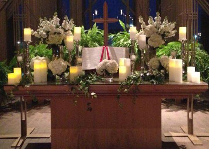 Flowers on altar for wedding at Marty Leonard Chapel www.TexasHarp.com