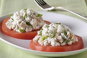 Substitute toast for tomatoes and you have one very refreshing tuna salad recipe. Cottage cheese adds extra creaminess and dill weed gives extra flavor.
