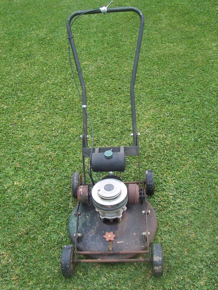 106 best vintage mower 39 s gas cans images on pinterest for Best motor oil for lawn mowers