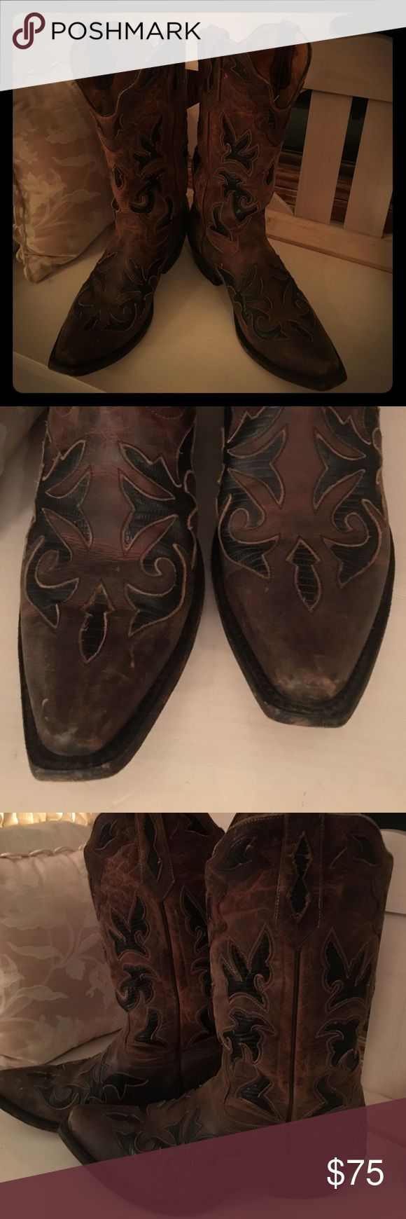 Pre-LOVED Men boots 💙 My FAVORITE pre-loved Johnny Ringo leather lined boots 😍 I bought for my husband 💙 they are size 9.5 D! sooooo sad that they don't fit him ...... Johnny Ringo  Shoes Cowboy & Western Boots