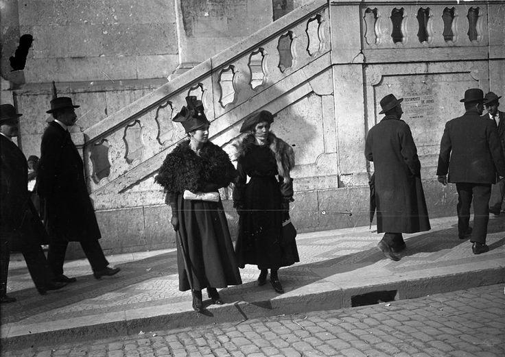 Portugal, Lisboa - Páscoa 1907 - by Joshua Benoliel