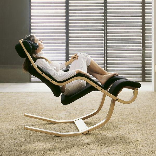 Varier Human Instruments Gravity Balans Chair (Black Fabric / Natural Base)