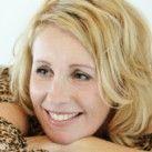 Mijn mening over deze vrouw: Inspirende, warme vrouw met prettig gevoel voor humor, beschikbaar voor coaching.