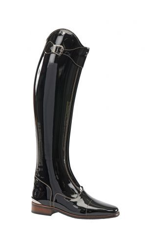 Tres Chic! Pantent Leather Polo Style Dressage Boot by Petrie .......AMAZING boots.