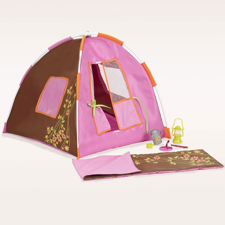 Our Generation dolls with a love of the outdoors should take this stylish camping set with them on their next adventure! Our Generation dolls can tell funny stories with their friends and roast marshmallows over a campfire.