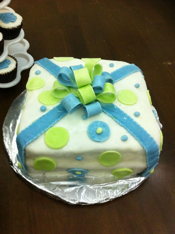 58 best giftbox cakes images on pinterest gift boxes petit babyshower giftbox cake negle Images