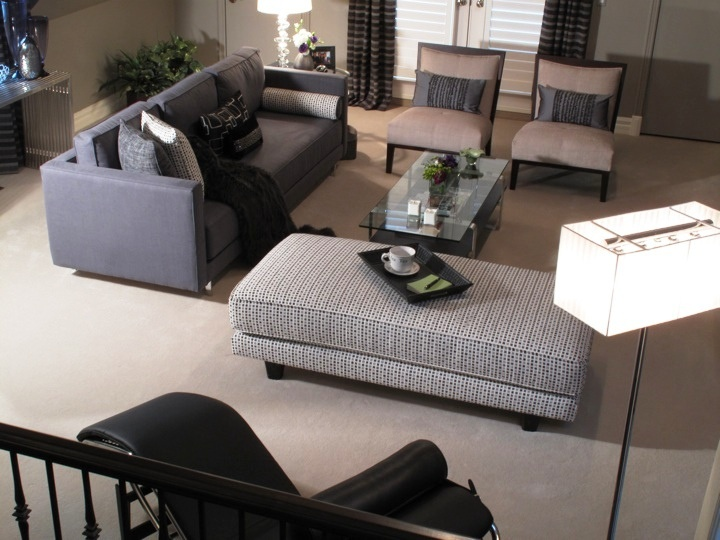 This Great Living Room Space By Glen Peloso Creats Conversation Areas And The Carpet Is