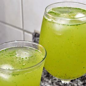 Suco de Limão, Gengibre e Erva Cidreira. Anote a receita.