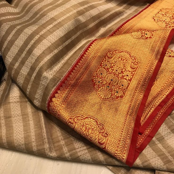 """47 Likes, 6 Comments - Second Skin (@secondskinhyd) on Instagram: """"Isn't is simply stunning? The gold and orange border is like a piece of art. #HandCraftedInIndia…"""""""
