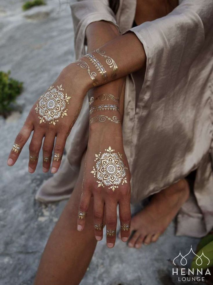 Everything you need to know about White Henna.