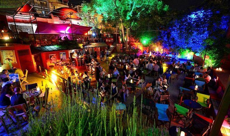 Θεσσαλονίκη: 10 μαγαζιά με υπέροχες αυλές