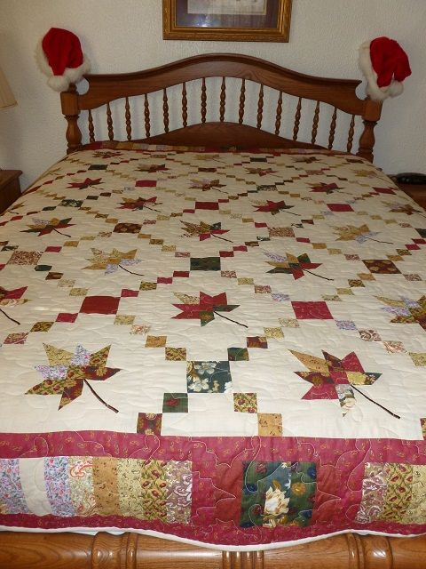 Love this quilt block.  Here is the website where the free block pattern can be found:    http://carterquilter.wordpress.com/category/leaf-quilts/maple-leaf-quilt-from-france/