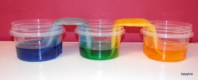 Tippytoe Crafts- colour experiment...leave over night to get the green water in the middle container