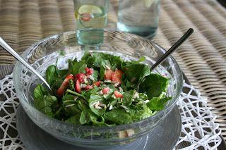 Low Carb - Grip op Koolhydraten: Frisse Aardbeien Spinazie Salade - Vegetarisch