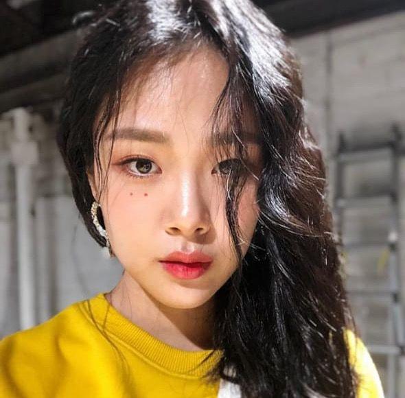 Pin By Enaxx 02 On Kpop Kpop Girls Beauty Bibi