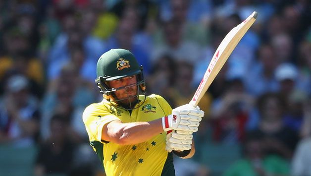 Aaron Finch makes 50th ODI appearance during 3rd ODI between England and Australia in Manchester #England  #Australia   #AaronFinch