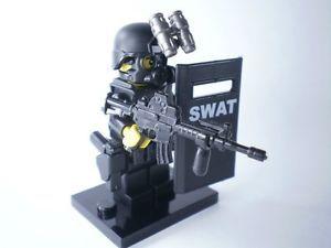 no-5678-custom-swat-police-helmet-military-gun-army-weapons-LEGO-minifigures