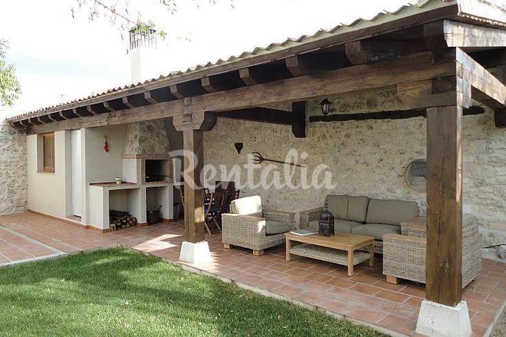 Casa en alquiler con jardín privado Segovia